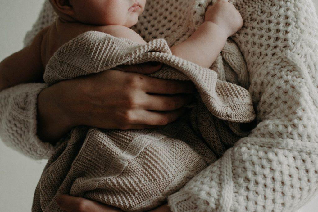 Il lutto perinatale è quel lutto che si sperimenta a seguito della perdita di un bambino durante la gravidanza, il parto o dopo la nascita.